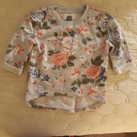 Old Navy Other - Old Navy Baby Summer Sweatshirt